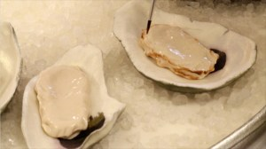 U.S. woman allegedly dies from flesh-eating bug after eating raw oysters