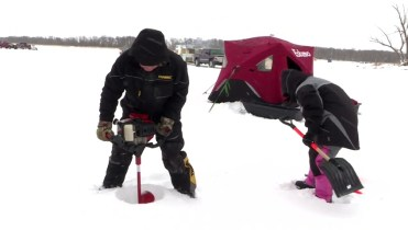 Risultati immagini per SELKIRK MANITOBA ICE FISHING