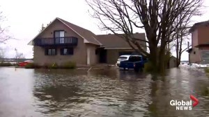 Ralph Goodale tours flood-devastated Rockland, Ont. by boat
