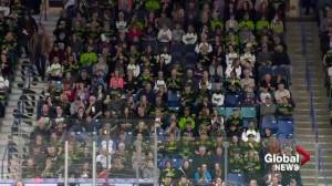 Fans' impromptu cheer for Humboldt Broncos at Saskatchewan Rush game