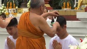 Members of freed Thai soccer team to become Buddhist monks