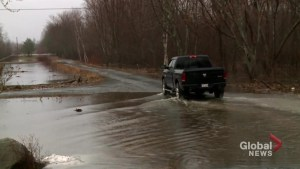 New Brunswick EMO issues advisory to residents along St. John River as some areas evacuate
