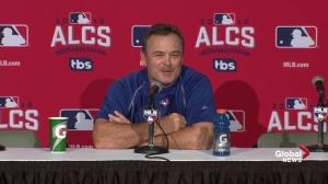Gibbons tells reporter to 'put more deodorant on'