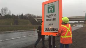 Shut down of Trans-Canada Highway between Moncton, Fredericton begins as flooding continues