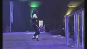 Michael Jackson Busker