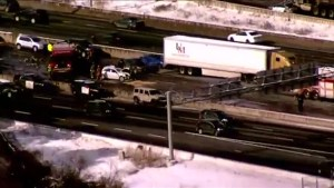 2 seriously injured after multi-vehicle crash on Hwy. 401 in Toronto