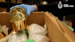 Australia's police force finds liquid drugs in snowglobes arrived from Canada