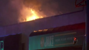 Fire destroys Jack's Public House in Surrey