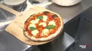De Luca's: Authentic pizza