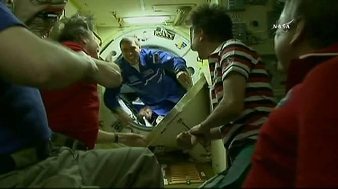 international space station astronauts return to earth - photo #40