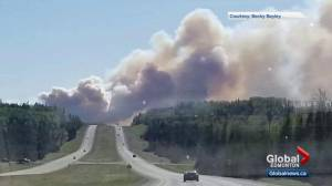 Wildfire near Edson prompts evacuations, shuts down Highway 16
