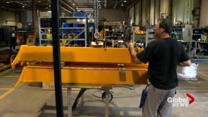 Quebec announces measures to help manufacturing industry