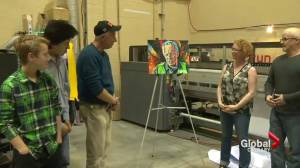 Painter meets Fort McMurray Fire Chief Darby Allen