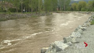 Despite dodging storm Okanagan flood fight still on
