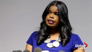 Jussie Smollett: New texts reveals state's attorney Kim Foxx weighed in on his arrest