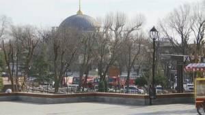Suicide bomber kills 10 in Turkish attack