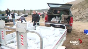 New Brunswickers band together to assist those impacted by flooding