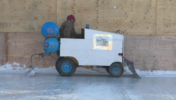 Lawnmower-powered Zamboni solves a classic Canadian problem