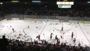 Vancouver Giant's annual Teddy Bear Toss returns