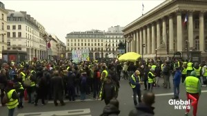 France to crack down on 'yellow vest' protests
