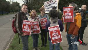 Union members crash Vancouver MP's town hall over Canada Post labour dispute