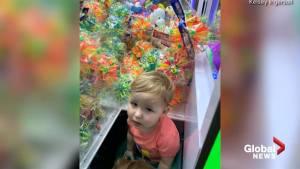 Alabama toddler gets stuck in toy machine