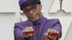 Oscars 2019: Spike Lee pays tribute to Prince on the red carpet