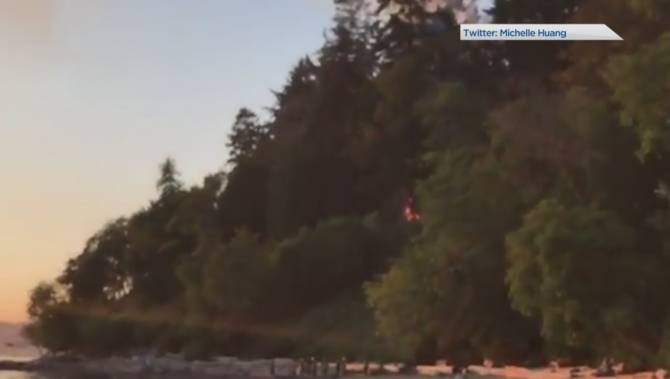 Fire ignites in the forest above Wreck Beach at UBC