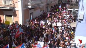 Puerto Rican protesters bang pots and pans in San Juan, demand governor's resignation