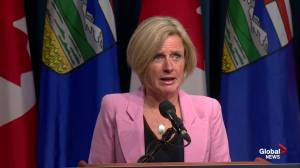 Rachel Notley says she is giving federal government time to get Trans Mountain problem fixed