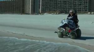 100-year-old sees ocean for the first time