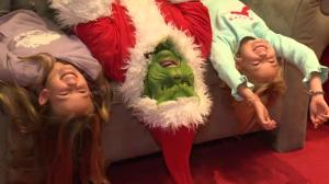 He's a popular one: Grinch wows crowd at Ottawa mall