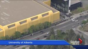 Fort McMurray wildfire evacuees line up for financial assistance in Edmonton