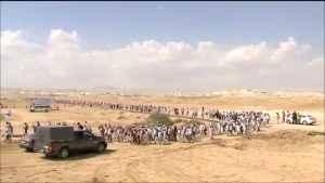 Women march through desert for Israeli-Palestinian peace