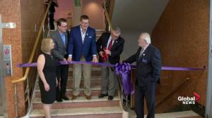 Ralph Goodale cuts ribbon at CN gallery of Royal Saskatchewan Museum