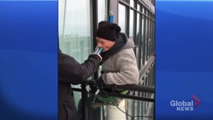 Toronto window washer takes profession to new highs