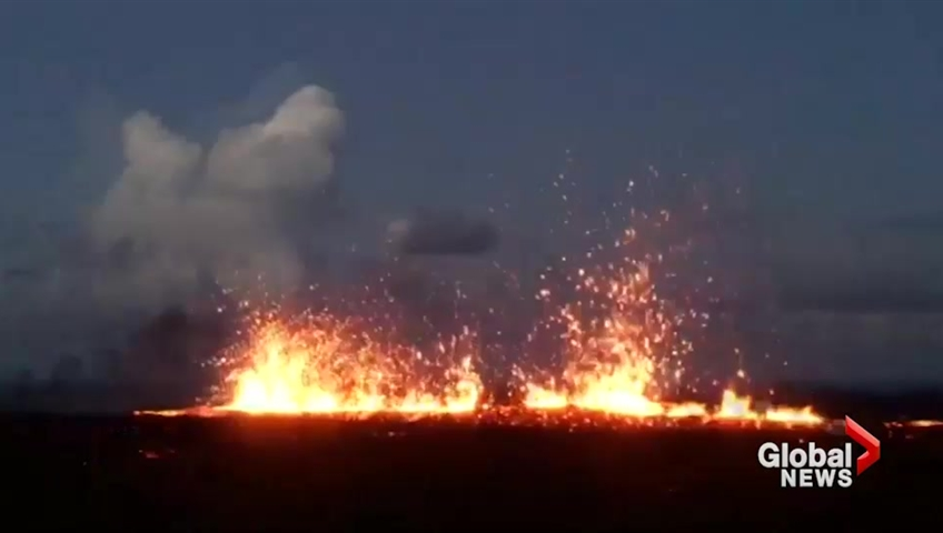 Clouds of ash prompt renewed alert for Hawaii's Kilauea volcano