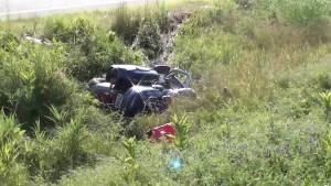 Motorcyclist injured in crash on 401 ramp (01:03)