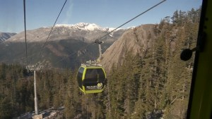 Young couple forced to hike after Squamish gondola mix-up