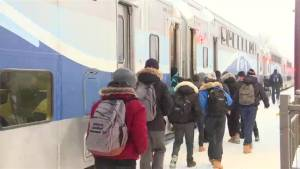 Montreal train delays continue to frustrate commuters
