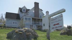 Allegations B&B owner smuggled people into Canada