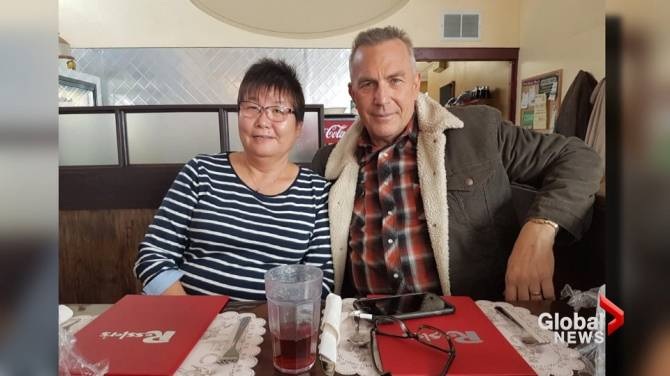 Albertans starstruck by Kevin Costner during movie filming