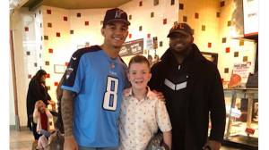 Justin Bieber, Hailee Steinfeld, among celebrities reaching out to Tennessee boy after bullying video goes viral