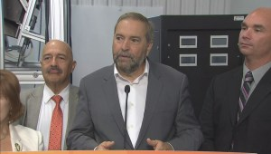 'We will not be running a deficit' says NDP leader during campaign stop in Ontario