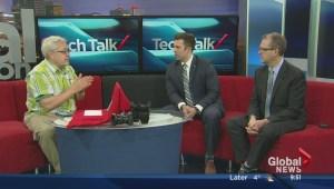 Steve Makris talks smartphones during Tech Talk