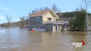 Flood waters expected to rise for at least another day in N.B.