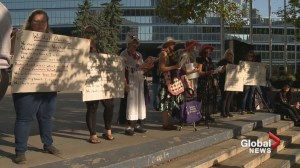 Calgarians hold candlelight vigil for Charlottesville victims