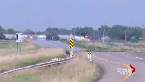 Train derailment forces evacuation of Irvine, Alberta
