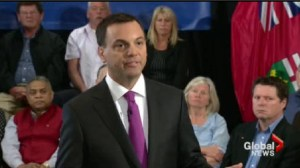Hudak says he'll cut 100,000 public servant jobs if elected