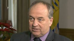 Andrew Weaver says BC NDP should have stopped Site C (00:44)